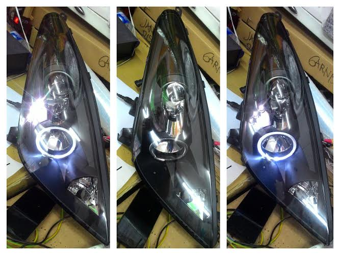ATY745-B1WH0 Headlamp Toyota Celica 2000-2007 Projector LED Angel Eyes Crystal Black Housing (RTF)